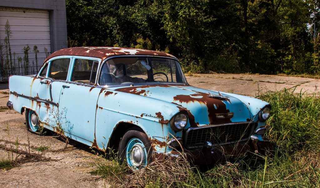What should you know before selling an old car for scrap metal?